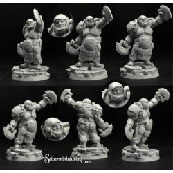 28mm/30mm Ogre Football Player 1