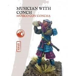 MUSICO CON CONCHA